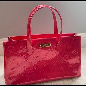 Louis Vuitton Vernis Wilshire PM pink handbag